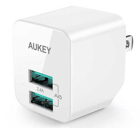 Best HTC U11 Accessories - AUKEY USB Wall Charger