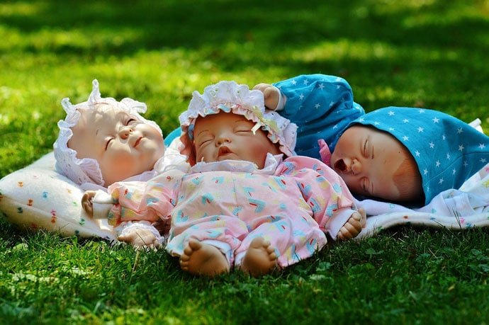 Baby dolls are sleeping